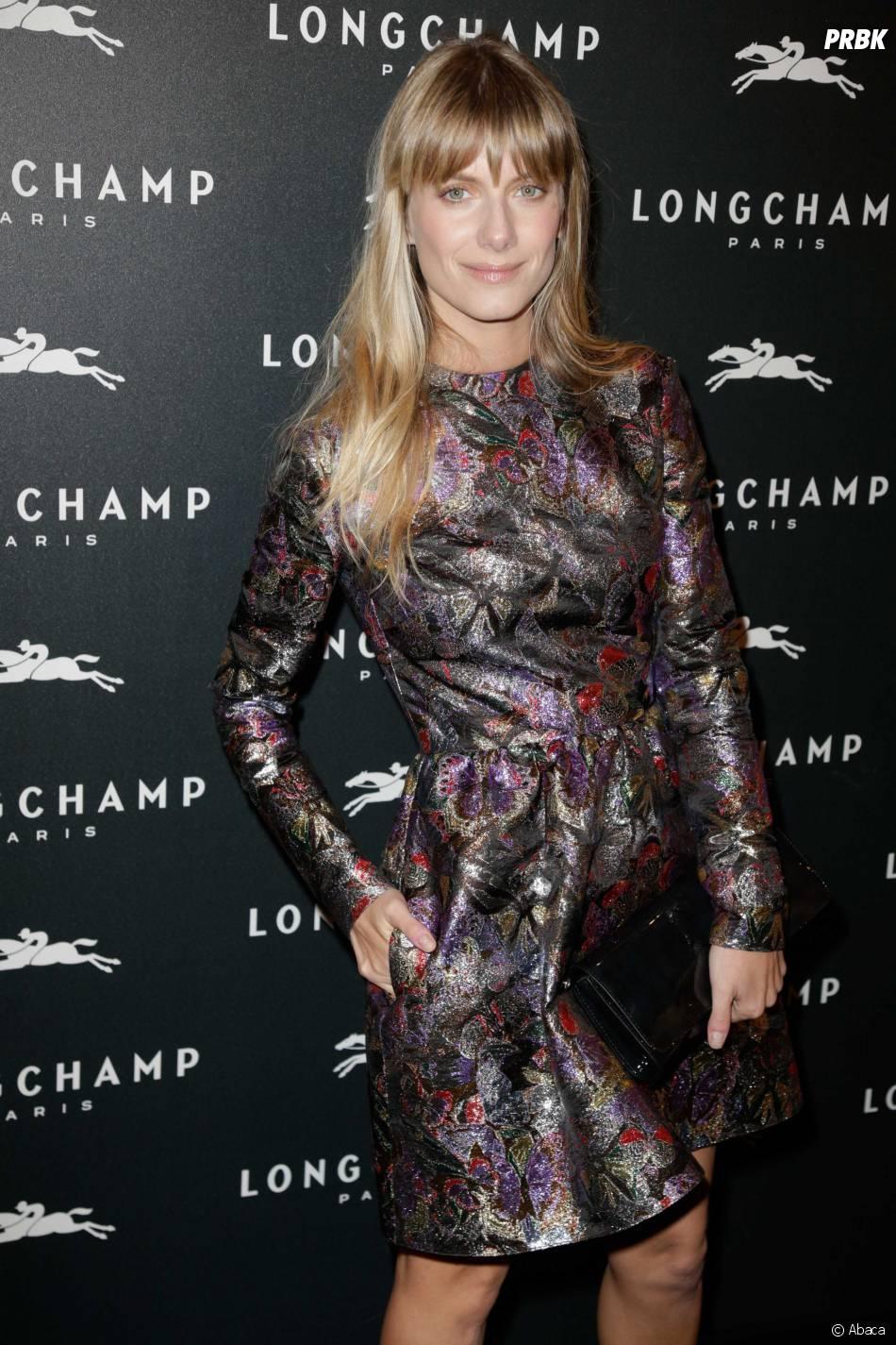 Mélanie Laurent à l'ouverture de la boutique Longchamp sur les Champs Elysées à Paris, le 4 décembre 2014