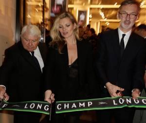 Kate Moss à l'ouverture de la boutique Longchamp sur les Champs Elysées à Paris, le 4 décembre 2014