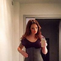 Emilie Nef Naf imite Kim Kardashian pour retrouver la ligne après bébé