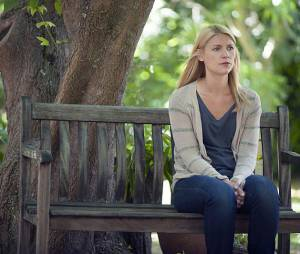 Homeland saison 4, épisode 12 : Claire Danes sur une photo