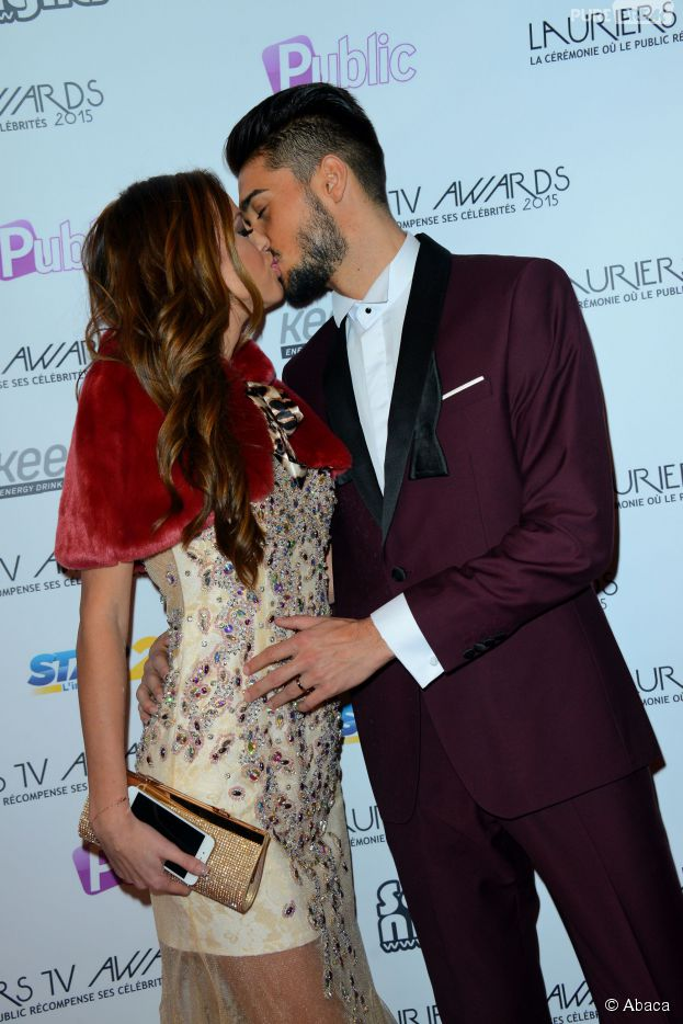 Vanessa Lawrens et Julien Guirado : bisou aux Lauriers TV Awards, le 6 janvier 2015 à La Cigale à Paris