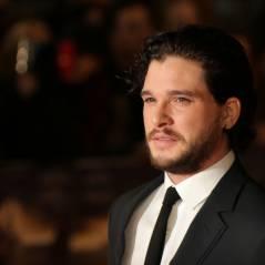 Game of Thrones saison 5 : Jon Snow bientôt mort ? La coupe de cheveux qui inquiète les fans