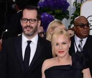 Patricia Arquette : soutien à Charlie Hebdo sur le tapis rouge des Golden Globes 2015, le 11 janvier 2015 à Los Angeles
