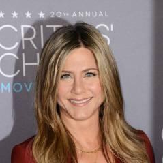 Jennifer Aniston décolletée, Marion Cotillard... Le tapis rouge des Critics' Choice Awards 2015