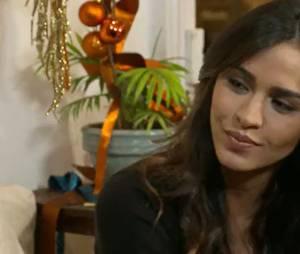 Leila Ben Khalifa en chanteuse dans Les Mystères de l'amour, épisode du 17 janvier 2015 sur TMC
