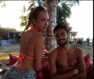 Vanessa Lawrens sexy sur Twitter avec Julien Guirado pour la promo de La Maison du bluff 5