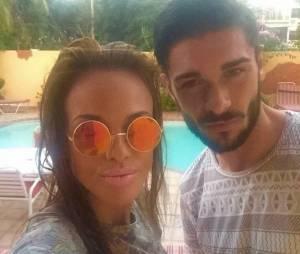 Vanessa Lawrens et Julien Guirado en amoureux aux Caraïbes