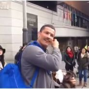 Cristiano Ronaldo moustachu : son déguisement pour surprendre un jeune fan