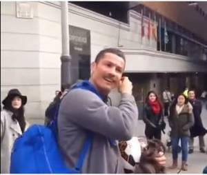Cristiano Ronaldo : suprise à un fan dans les rues de Madrid