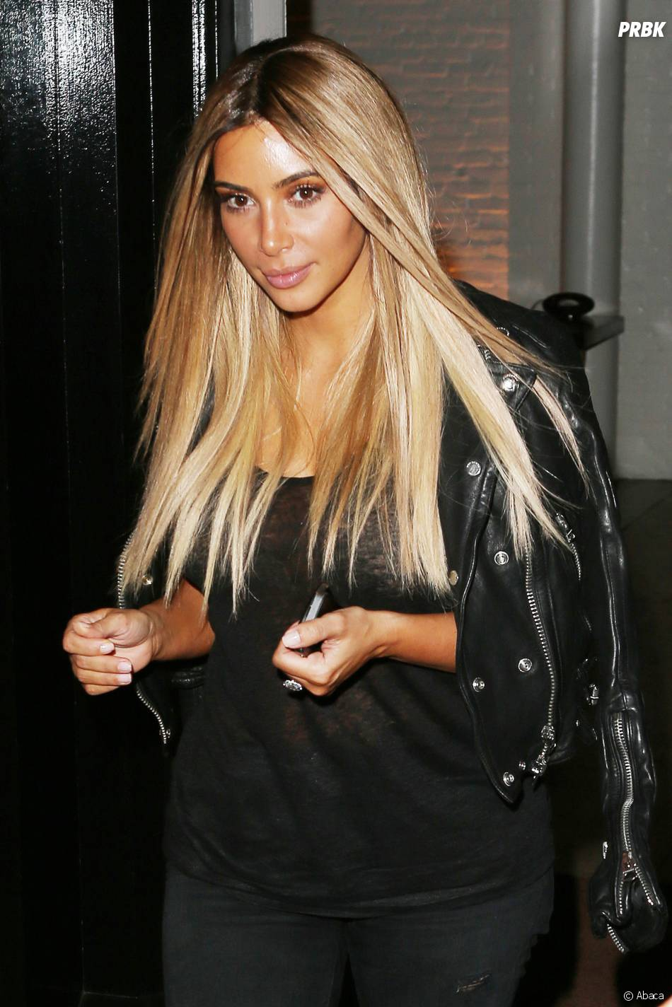 Kim Kardashian blonde en juin 2014