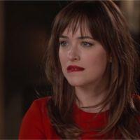 Fifty Shades of Grey : Dakota Johnson s'auto-parodie... et se moque de sa mère