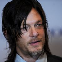 Norman Reedus (The Walking Dead) : son réflexe (très) étrange face à ses fans