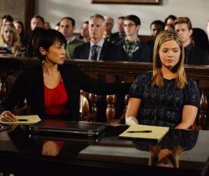 Pretty Little Liars saison 5, épisode 23 : photo d'Alison (Sasha Pieterse)