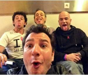 Michaël Youn, Patrick Bruel, Jean-Jacques Goldman et Pascal Obispo s'amusent pendant les Enfoirés 2014