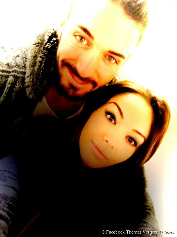 Nabilla Benattia et Thomas Vergara : selfie de couple sur Facebook, le 7 avril 2015