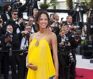 Noémie Lenoir enceinte : la future maman sur le tapis rouge, le 13 mai 2015 au Festival de Cannes