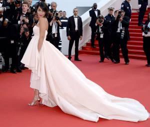 Leila Bekhti sublime sur le tapis rouge, le 13 mai 2015 au Festival de Cannes