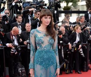 Frédérique Bel sexy et transparente sur le tapis rouge, le 13 mai 2015 au Festival de Cannes
