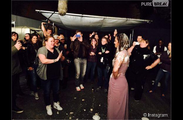 Nina Dobrev entartée après le tournage de sa dernière scène dans The Vampire Diariess