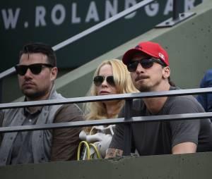 Zlatan Ibrahimovic et sa compagne dans les tribunes de Roland Garros, le 28 mai 2015