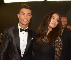 Cristiano Ronaldo et Irina Shayk : non, Sepp Blatter n'a jamais été en couple avec l'ex de CR7