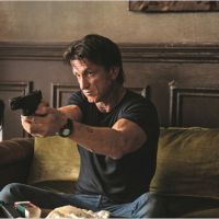 Gunman : Sean Penn prend les armes dans une vidéo des coulisses du tournage
