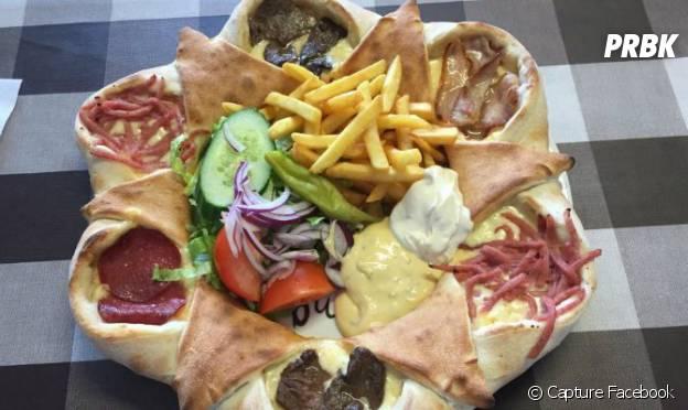 Une photo de la pizza Vulkan