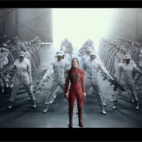Hunger Games 4 : Katniss mène l'armée du District 13 dans un teaser de propagande épique