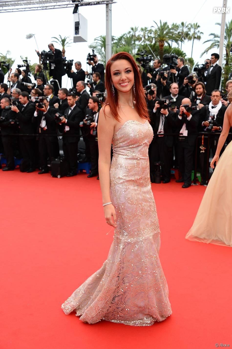 Delphine Wespiser sexy au Festival de Cannes, le 16 mai 2013