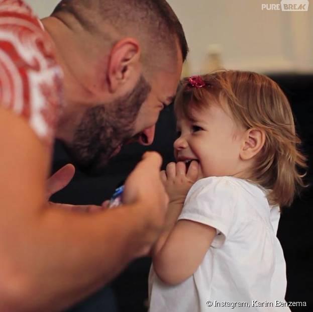 Karim Benzema complice avec sa fille Mélia sur Instagram, le 11 août 2015