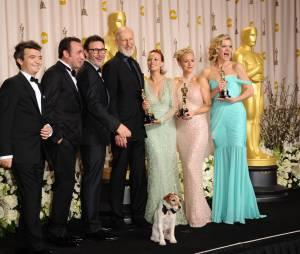 The Artist : Uggie et l'équipe du film aux Oscars 2012