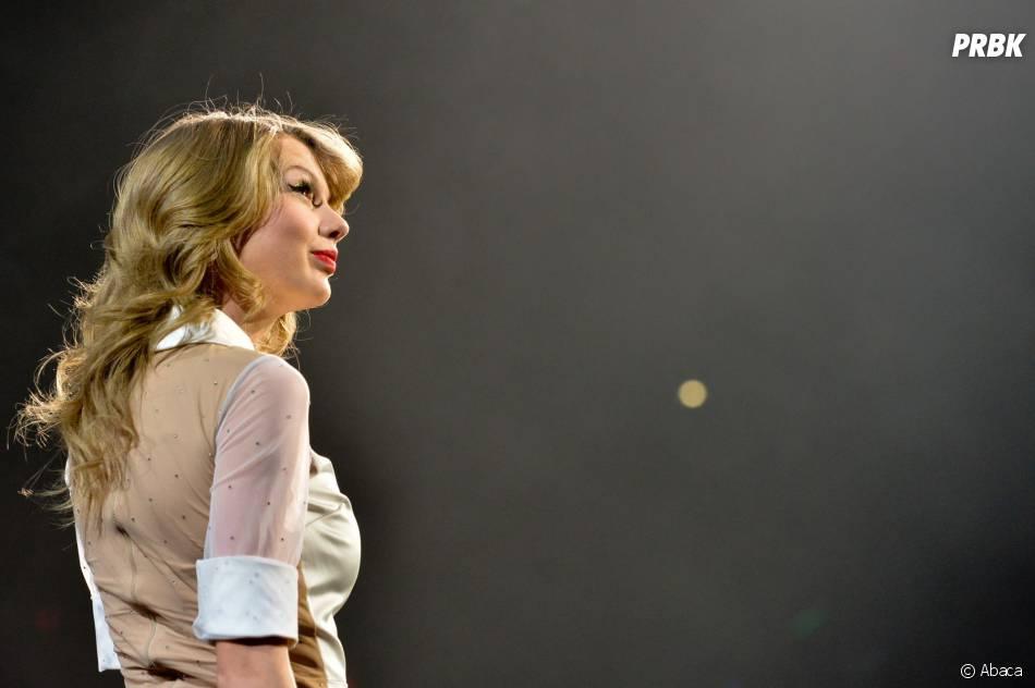 Taylor Swift durant son dernier concert à Berlin pour le RED Tour, le 7 février 2014