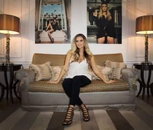 Clara Morgane enceinte et sexy pour le lancement de son calendrier 2016 sexy, au Majestic Hotel, le 24 septembre 2015
