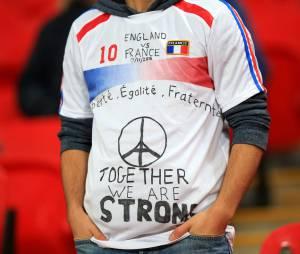 Attentats à Paris : hommage aux victimes le 17 novembre 2015 au Stade de Wembley à Londres
