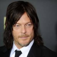 Norman Reedus (The Walking Dead) : une fan se prend pour un zombie... et le mord !