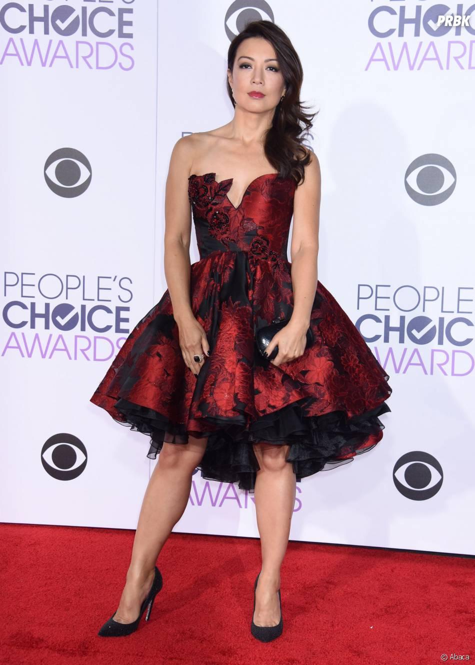 People's Choice Awards 2016 : MingNa Wensur le tapis rouge le 6 janvier