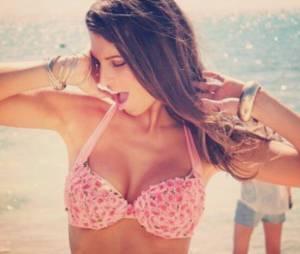 Laury Thilleman sexy en bikini au Mexique