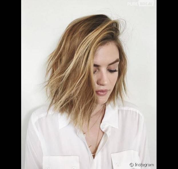 Lucy Hale blonde sur Instagram