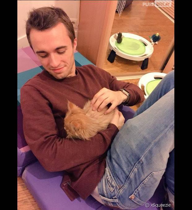Squeezie annonce la mort de son chat via un message émouvant sur Facebook