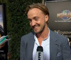Tom Felton parle d'Emma Watson et de leur relation quand ils tournaient dans Harry Potter.