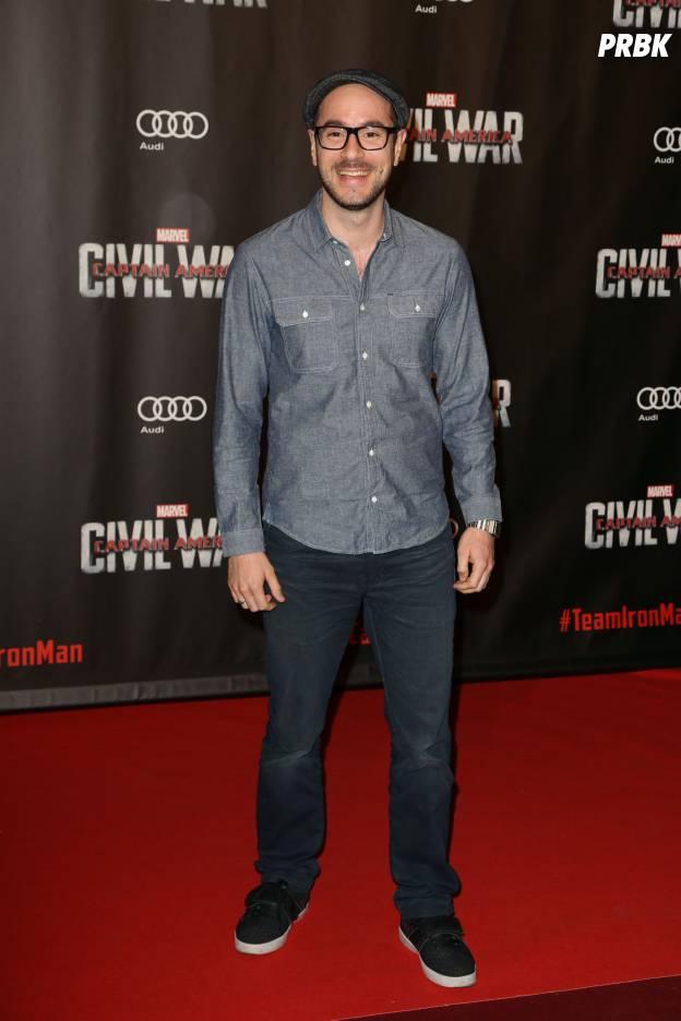 Kyan Khojandi de Bref sur le red carpet de Captain America Civil War