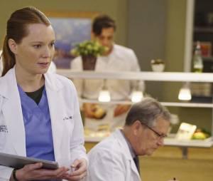 Grey's Anatomy saison 12, épisode 21 : Penny (Samantha Sloyan) sur une photo