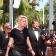Kristen Stewart accompagnée d'Alicia Cargile sur le tapis rouge de American Honey le 15 mai 2016 au Festival de Cannes