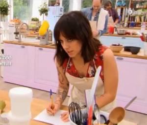 Alizée dévoile ses fiançailles avec Grégoire Lyonnet dans Le Meilleur Pâtissier sur M6 le 25 mai 2016