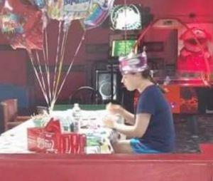 Hallee, une jeune américaine autiste de bientôt 19 ans va passer un bon anniversaire grâce à Facebook.