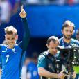 Antoine Griezmann heureux après la victoire des Bleus