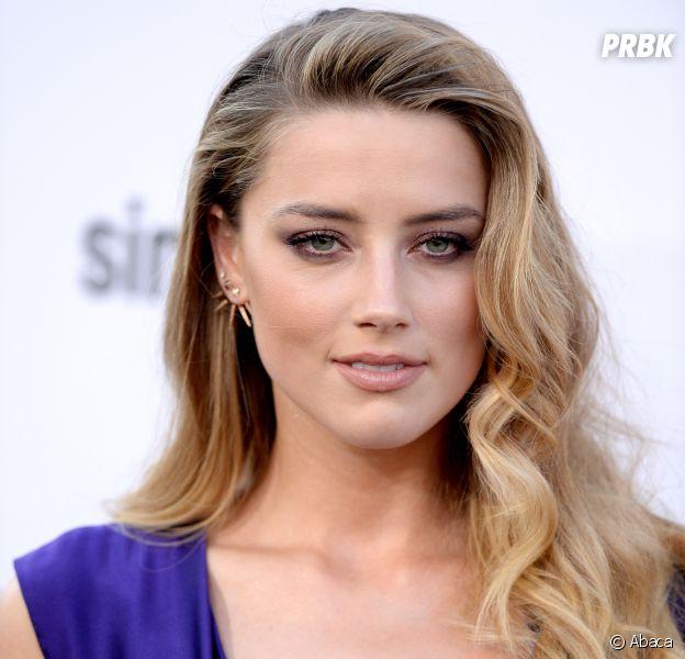 D'après la science, Amber Heard est la plus femme du monde.
