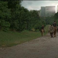 The Walking Dead saison 7 : Rick, Daryl.. tous en danger dans une première bande-annonce sanglante !
