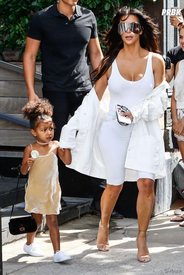 Kim Kardashian : sa fille North West avec un sac à 1800 euros à New York le 2 septembre 2016