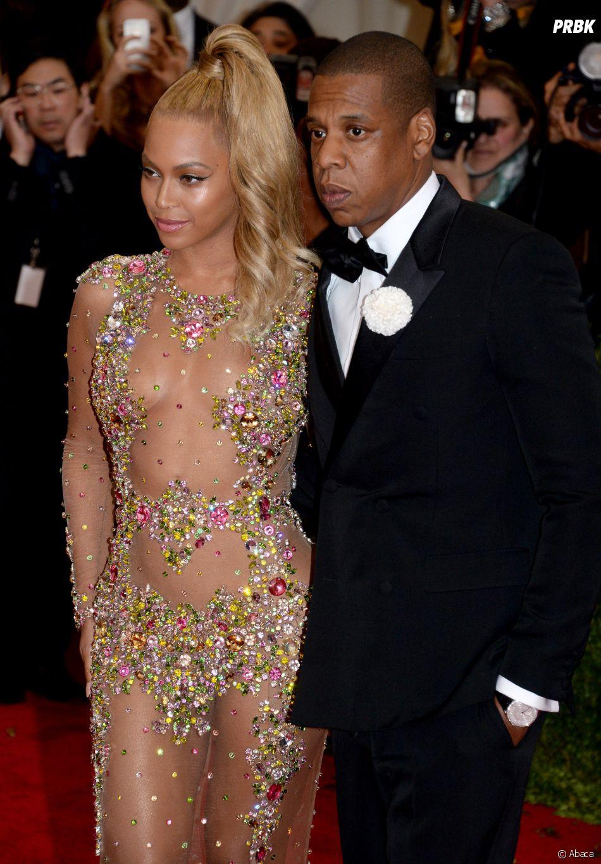 """Beyoncé et Jay-Z en voudraient à Kanye West de les avoir clashé en public au lieu de régler leurs différends """"en privé""""."""